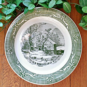 """Royal China Currier & Ives """"The Old Homestead in Winter"""" Pie Plate Green"""