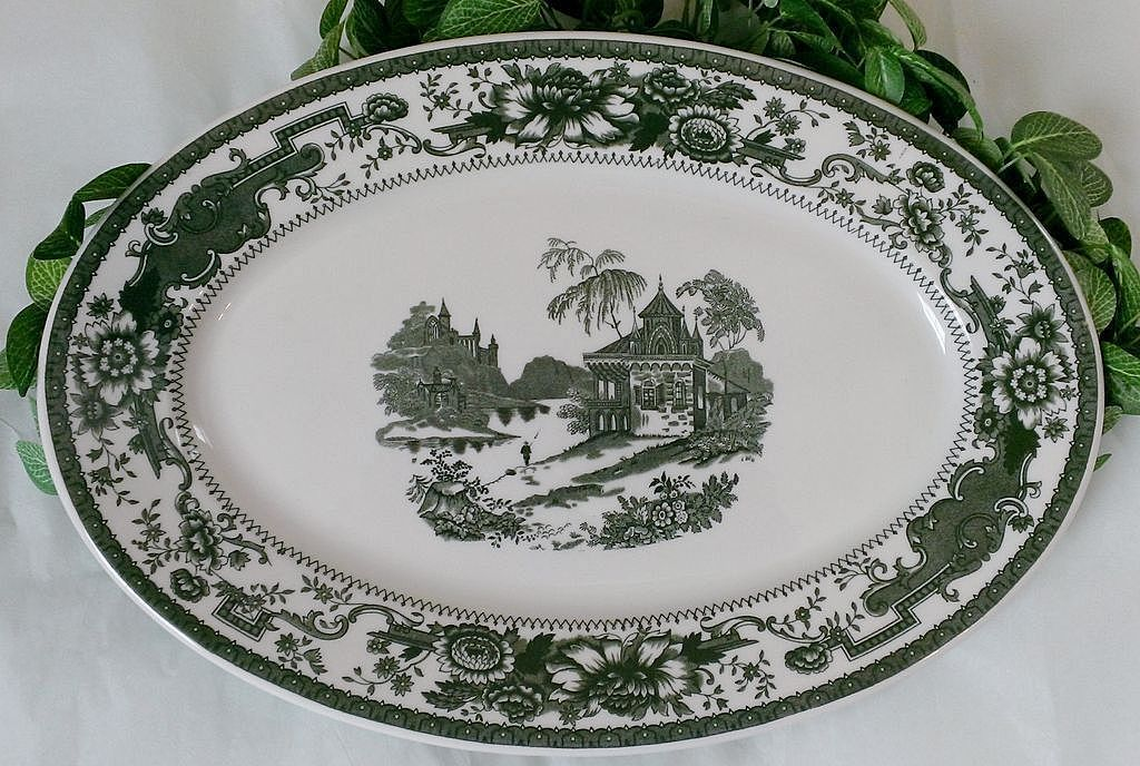 Syracuse (O.P.CO.) China Mayfair Green Serving Platter