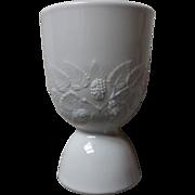 Hobbs Brockunier Blackberry Milkglass Eggcup