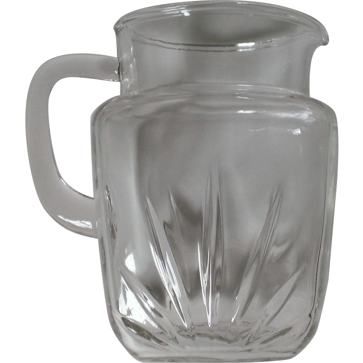 Federal Glass Star Pitcher 56 oz