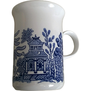 Churchill Blue Willow Mug