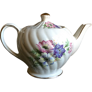 Windsor Floral Teapot Swirl Design