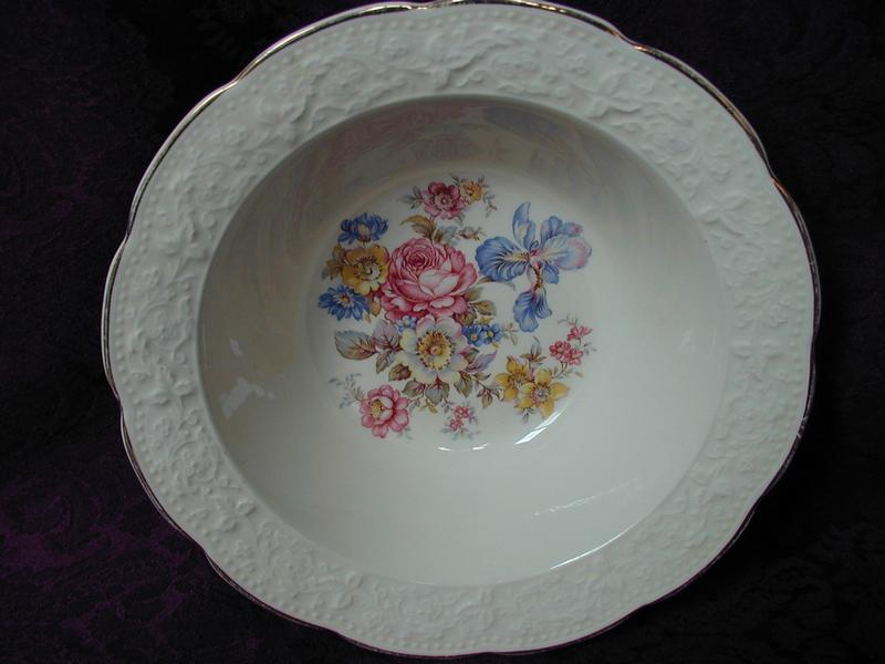 Edwin M Knowles Creme Lace Berry Bowl