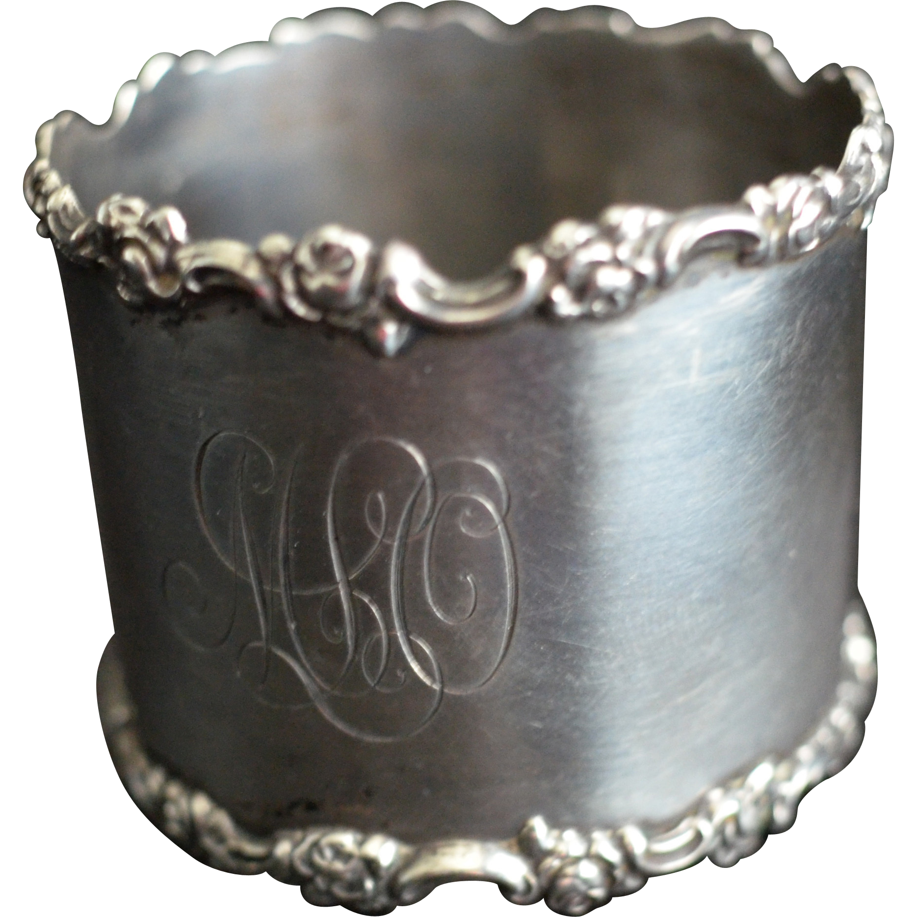 Large Sterling silver Napkin Ring Serviette Holder With Rose Borders