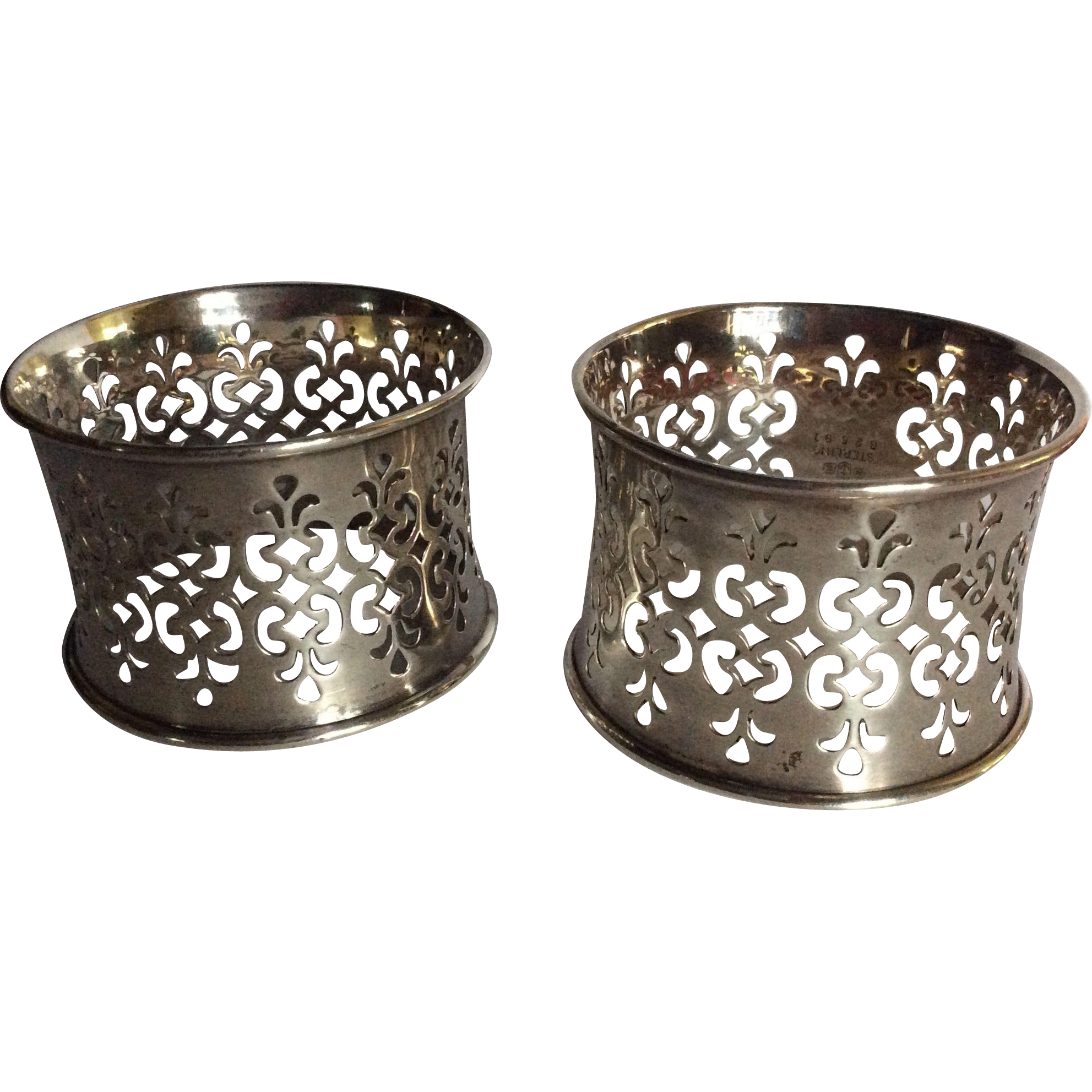 Pair ornate Pierced Sterling silver Napkin Rings Serviette Holders by Gorham