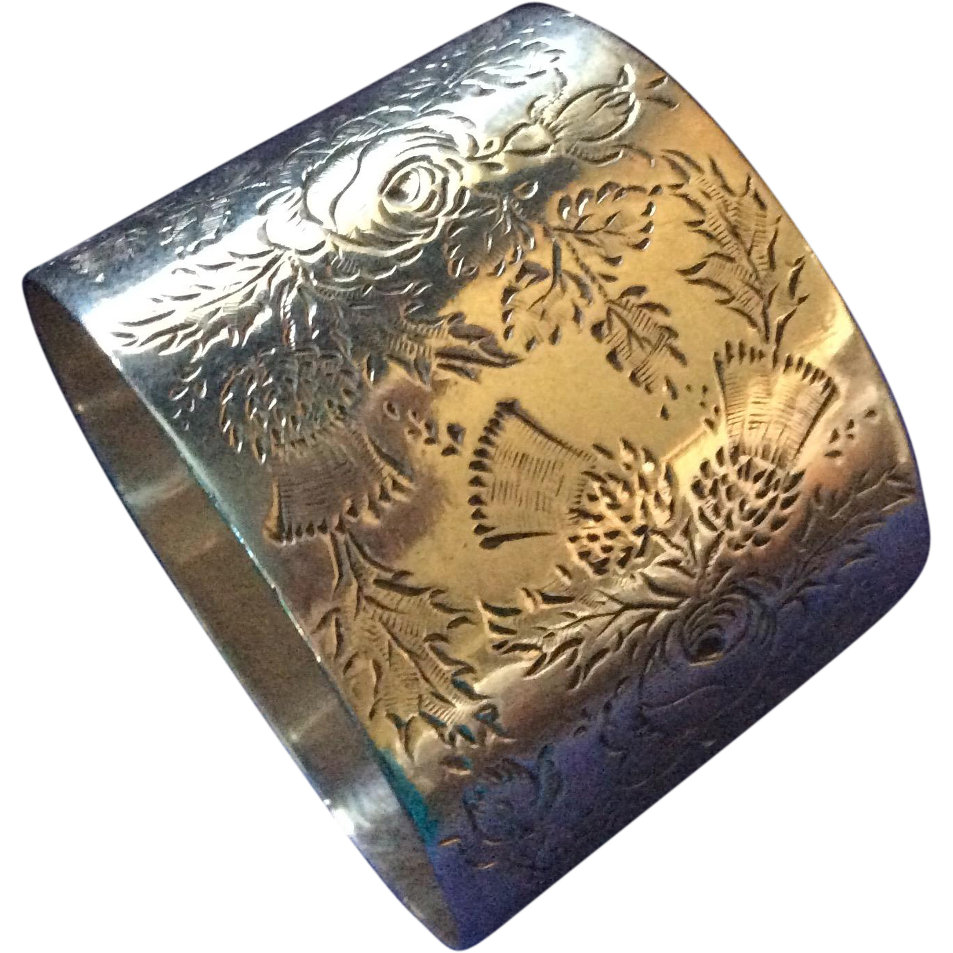 Fab English Sterling silver Rose and Thistle Napkin Ring Serviette Holder