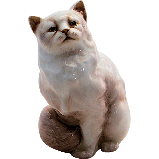 Vintage Royal Doulton Persian Cat Figurine HN 2539 White 5 inches Artist Signed JS Made in England Bone China
