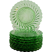 Eight Baccarat Depose Swirl Pattern Plates Green Crystal circa 1870-1930