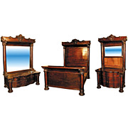 1190 American oak Victorian bedroom suite with column legs and carved capitals