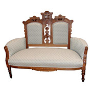 3011 Nice 19th C. Eastlake Antique Sofa