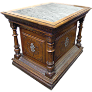 82.6291 Quartersawn Oak American Carved & Incised Pedestal with Columns