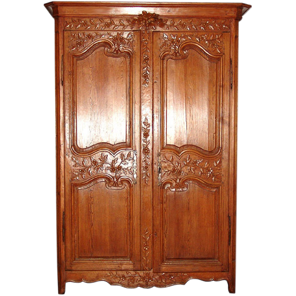 6333 French Armoire with Nice Carvings