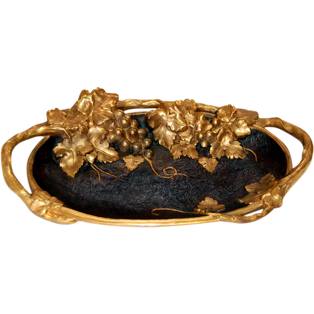 6802 Oval Bronze Plate with Grapes & Leaves