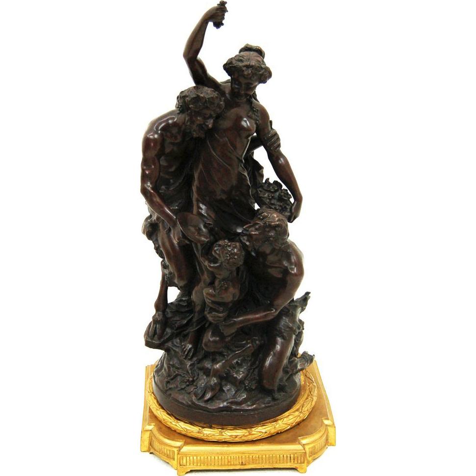 7619 Bronze Statue
