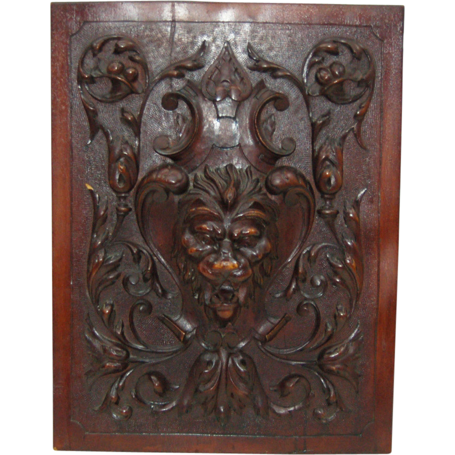 7760 Antique Wall Mahogany Wall Plaques, Beautifully Carved with Central Lion's Head