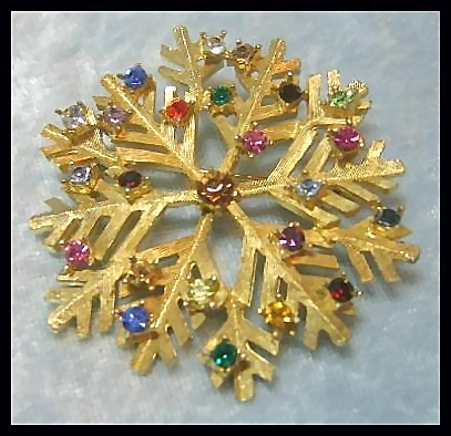 Dodds Large and Beautiful Snowflake Pin Brooch
