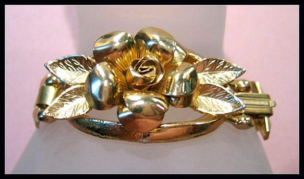 Most Unusual Coro Pegasus Rose Bracelet