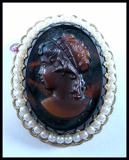 Outstanding Root Beer Glass Cameo with Glass Pearls