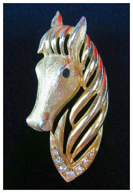 Gerry's Horse Head Pin