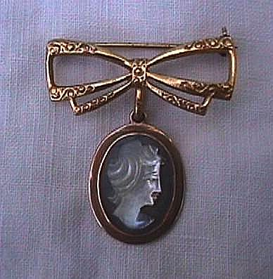 Petite Abalone/Mother-of-pearl Cameo with Watch Holder Bow Pin