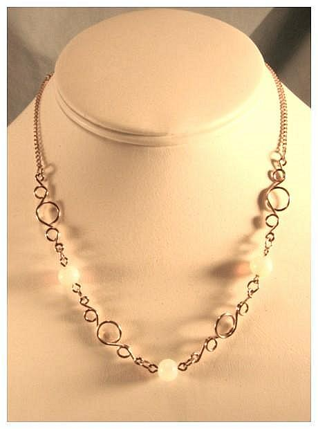 SARA COVENTRY Necklace with Moonstones