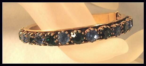 Extraordinary Rhinestone Bangle Bracelet****