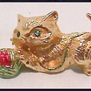 Frisky Cat Pin with Ball of Yarn