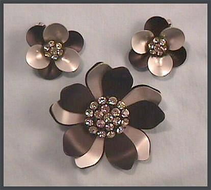 Stunning Black, Silver-tone and Rhinestone Pin and Earring Set