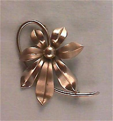 Simple Elegance Flower Pin Brooch