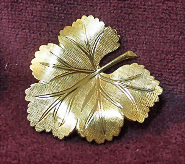 Petite Leaf Pin Brooch 14K GF Signed VD