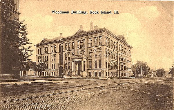 Postcard of the Woodmen Building, Rock Island, Illinois