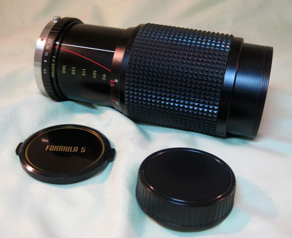 Vivitar Formula 5, f1:4.5, 80-205mm Lens with Case