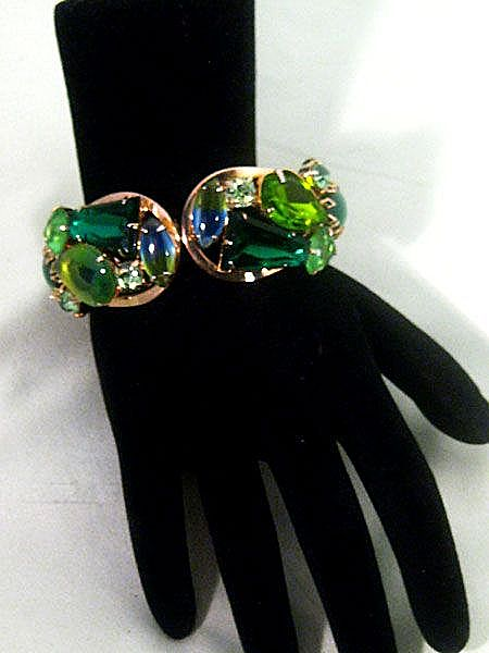 Gorgeous Juliana (DeLizza & Elster ) Clamper Bracelet in Shades of Green