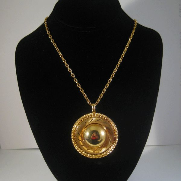 "FAbulous Gold-tone Mod ""Hat"" Necklace"