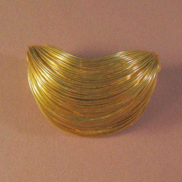 Layered Wirework Pin in Gold-tone
