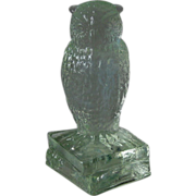 Degenhart Crystal Owl Figurine on Books Signed