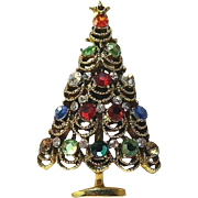 Rhinestone Christmas Tree Pin / Vintage Christmas Tree Pin / Vintage Pin/ Fashion Jewelry / Holiday Jewelry