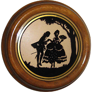 Silhouette Reverse Painted Colonial Couple / Richards Made in Germany