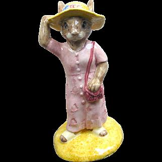 Sightseer Bunnykins Royal Doulton / Bunnykins DB215 / Collectible Figurine / Royal Doulton