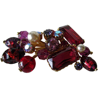 Extraordinary Kramer Austria Red Art Glass Pin / Designer Brooch/ Fashion Jewelry