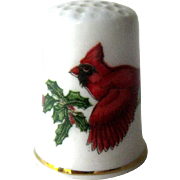 Bone China Thimble Cardinal / Collectible Thimble / Sewing Item