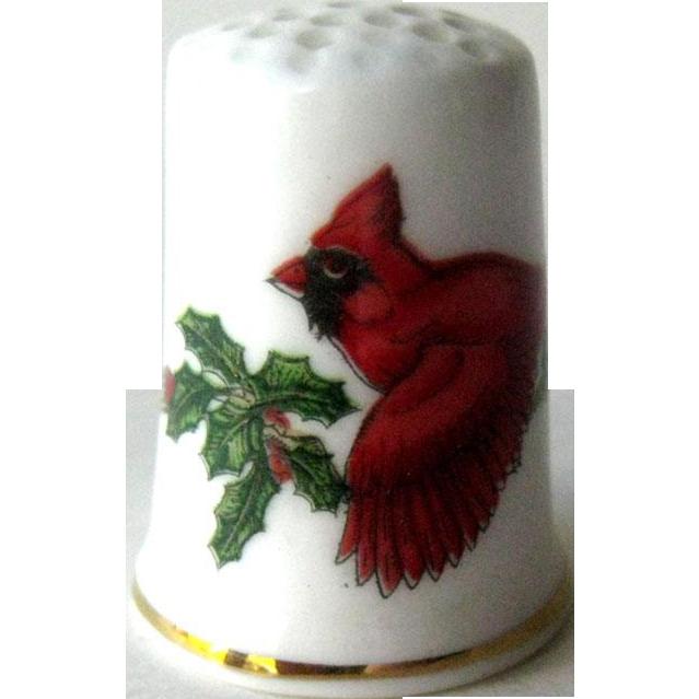 Bone China Thimble Cardinal / Collectible Thimble / Sewing Item