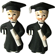 Graduate Boys Salt and Pepper Shakers / Vintage Kitchenwarer / Vintage Shakers / Collectible Shakers