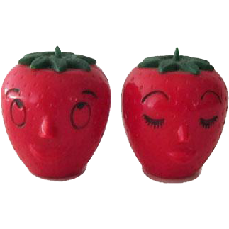 Anthropomorphic Strawberry Salt Pepper Shakers / Fruit Salt and Pepper / Vintage Kitchenware / Figural Shakers / Collectible Shakers