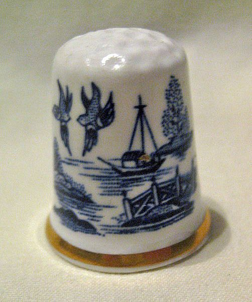 Blue Willow Thimble