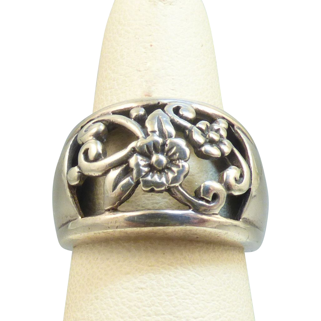 Sterling Floral Ring