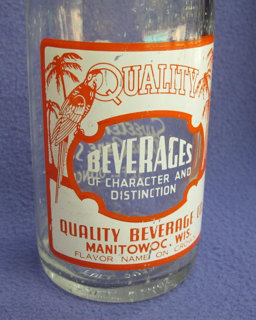 1940's - 50's Quality Beverage 32 oz Bottle w/ Parrot