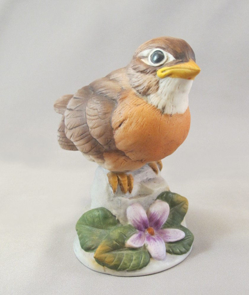 Andrea by Sadek Baby Robin Figurine