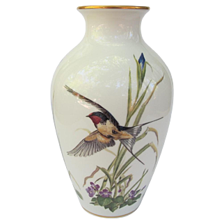 Franklin Porcelain Barn Swallow Violets Iris Vase