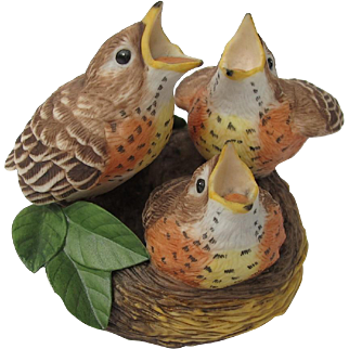Vintage Franklin Mint Baby Robins Feeding Time Figurine